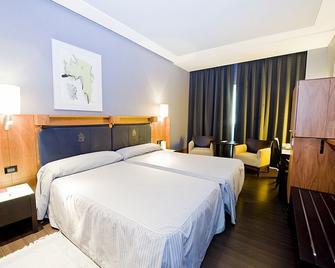 Gran Hotel Lakua - Vitoria-Gasteiz - Bedroom