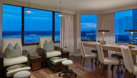 The Whitley, a Luxury Collection Hotel, Atlanta Buckhead - Atlanta - Living room