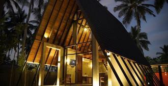 Soluna Beach Resort - Marawila - Building
