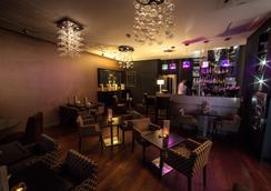 Best Western Plus Up Hotel - Λιλ - Bar