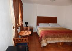 Cabo Cush Hotel - Cabo San Lucas - Bedroom