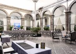 Palazzo Caracciolo Napoli - MGallery - Νάπολη - Βεράντα
