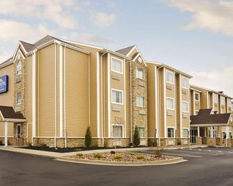 Microtel Inn & Suites by Wyndham Washington/Meadow Lands - Washington - Building