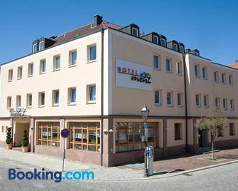 Hotel Mehl - Neumarkt in der Oberpfalz - Gebouw