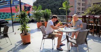 Noah boutique hostels Medellín - מדיין