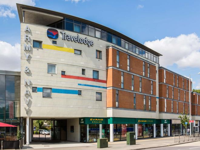 Travelodge Chelmsford - Chelmsford - Building