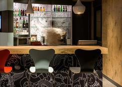 Ibis Paris Défense Courbevoie - Courbevoie - Bar