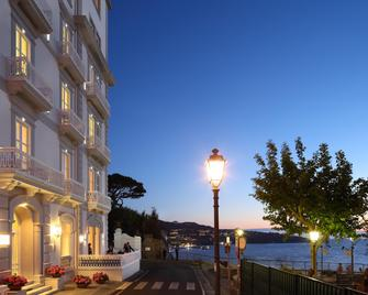 Hotel Mediterraneo - Sant'Agnello - Outdoors view
