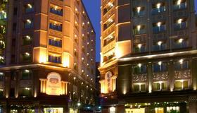 Royal Seasons Hotel Taipei - Taipei - Rakennus