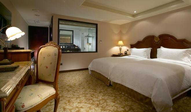 Royal Seasons Hotel Taipei - Taipei - Bedroom
