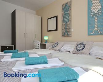 Oleandra Apartments - Drage - Bedroom