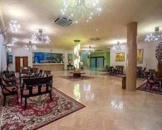 Eden Airport - Orán - Lobby