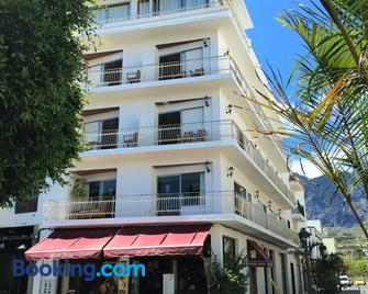 Hotel Eden La Palma - Лос-Льянос-де-Арідане - Building