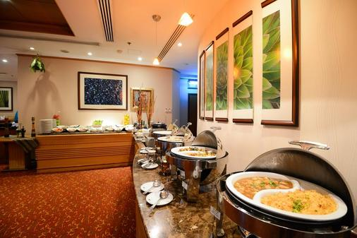 Golden Tulip Al Barsha - Dubai - Buffet