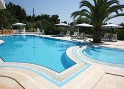 Olympic Bibis Hotel - Polýgyros - Pool