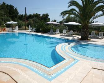 Olympic Bibis Hotel - Поліїрос - Pool