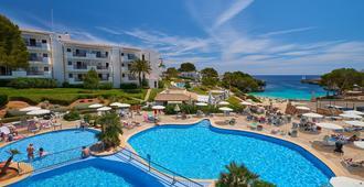 因圖洛特寶石公園酒店 - 桑坦伊 - 卡拉達沃 - 游泳池