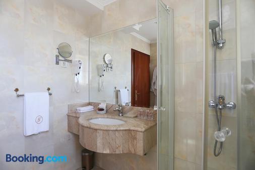 Hotel Niko - Zadar - Bathroom