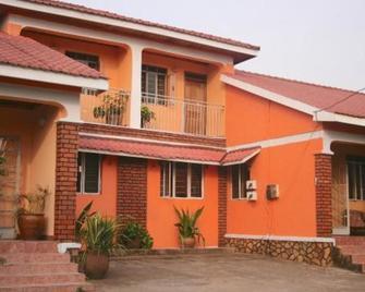 Acacia Hotel - Кампала - Building