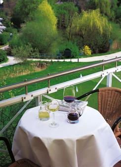 Steigenberger Hotel Deidesheim - Deidesheim - Balkon