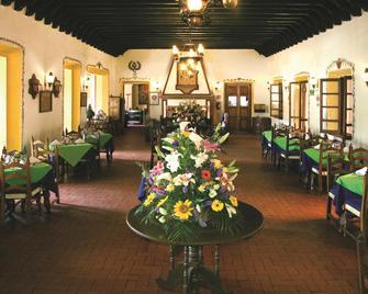 Best Western Plus Posada de Don Vasco - Patzcuaro - Restaurace