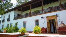 Best Western Plus Posada de Don Vasco - Patzcuaro - Rakennus