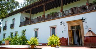 Best Western Plus Posada de Don Vasco - Pátzcuaro - Κτίριο