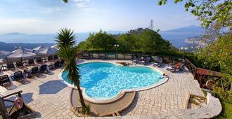 Hotel Prestige - Sorrento - Havuz