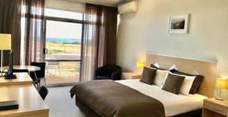 Highway One Motel - Ceduna - Bedroom