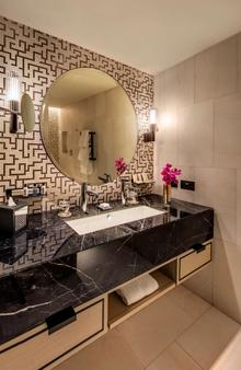 The Star Grand Hotel and Residences Sydney - Sydney - Bathroom