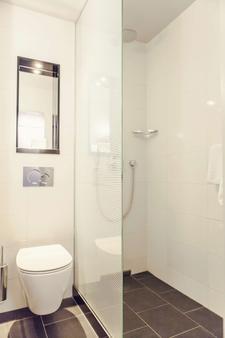 Carlton Square Hotel - Haarlem - Bathroom