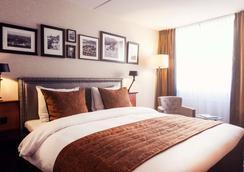 Carlton Square Hotel - Χάαρλεμ - Κρεβατοκάμαρα