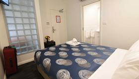 Hostel 109 Flashpackers - Adelaide - Bedroom