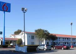 Motel 6 Dallas - Garland - Northwest Hwy - Garland - Edificio
