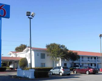 Motel 6 Dallas - Garland - Northwest Hwy - Garland - Gebouw