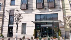Hotel Beyfin - Cluj Napoca - Building