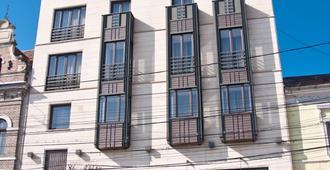 ホテル ベイフィン - クルージュ=ナポカ - 建物