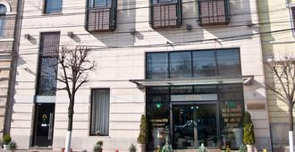 貝芬酒店 - 克路治 - 克盧日-納波卡 - 建築