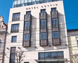 Hotel Beyfin - Клуж-Напока - Building