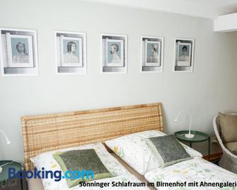 Haus zur Eselsbrücke - Tangermünde - Slaapkamer