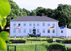Ostsee-Gutshaus - Neubukow - Building