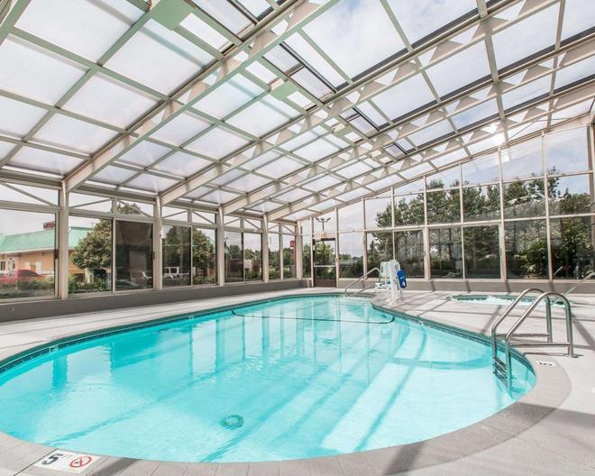 南斯普林菲爾德凱富酒店 - 斯普林菲爾德 - 斯普林菲爾德 - 游泳池