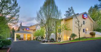 Fairfield Inn & Suites Seattle Bellevue/Redmond - Bellevue - Edificio