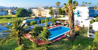 Villa Andrews Hotel - Tigaki - Piscina