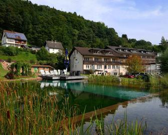 Hotel Christel - Heimbuchenthal - Buiten zicht