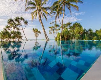 Ananya Beach Resort - Tangalla - Pool