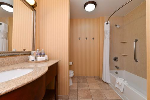 Hampton Inn & Suites Albuquerque-Coors Road - Albuquerque - Bathroom