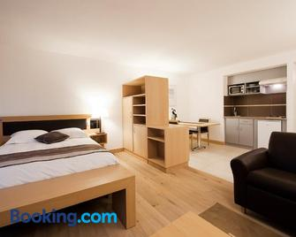 Les Logis D'Espale - Sausheim - Bedroom