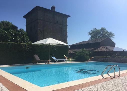 Agriturismo Antica Torre - Salsomaggiore Terme - Bể bơi