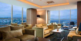 Best Western PREMIER La Grande Hotel - Bandung - Wohnzimmer